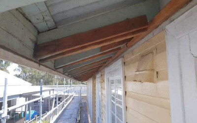 Removing Asbestos-Containing Eaves